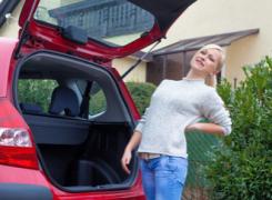 Dolore alla schiena quando esci dall'automobile, cosa fare?
