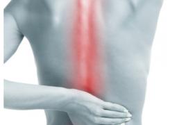 Il mal di schiena e le cause secondarie: piede, caviglia e ginocchio